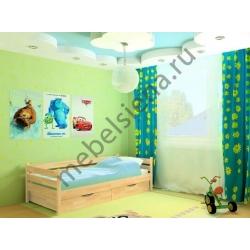 Детская деревянная кровать малыш