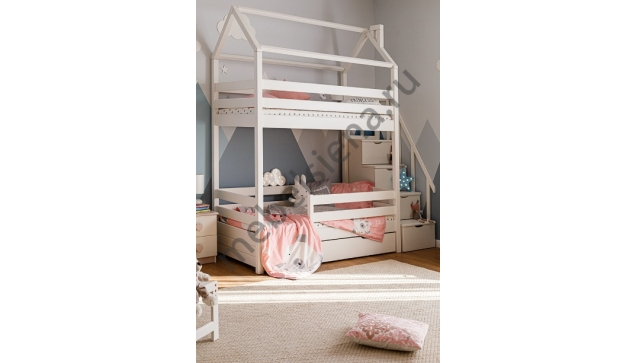Деревянная двухъярусная кровать - Домик