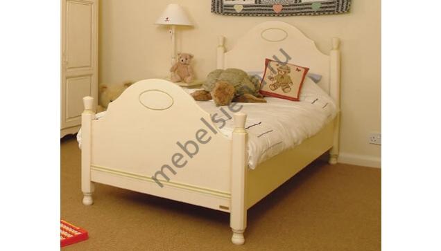 Детская деревянная кровать филенка