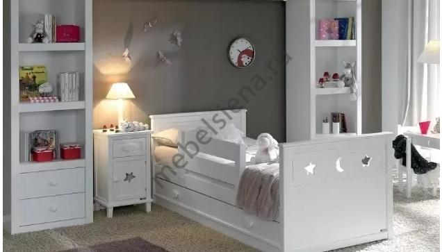 Детская деревянная кровать Звездочка